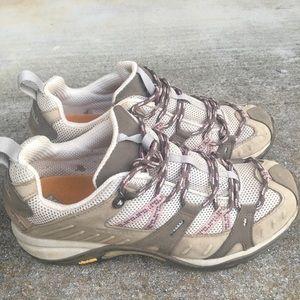 VGC Merrell hiking shoes